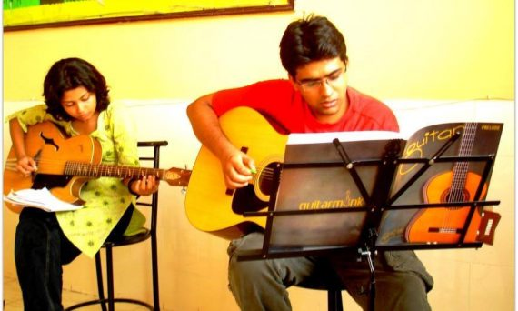 Guitar Classes in Shastri Nagar Delhi
