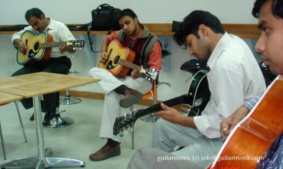 Guitar classes in Tolichowki Hyderabad, Best Music Teacher, Institute Near